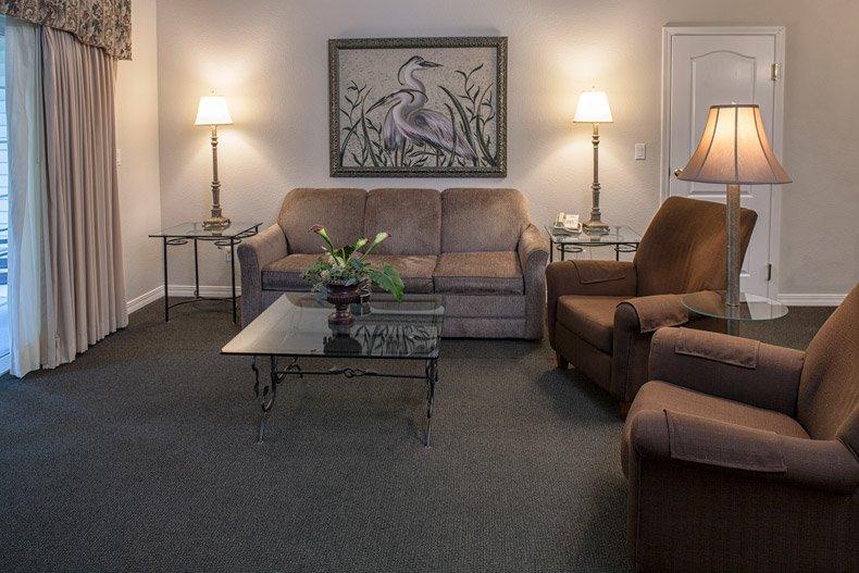 branson french quarter 2 bedroom living room
