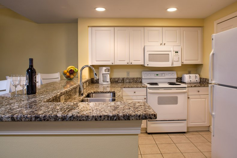 hilton head island waterside resort 2 bedroom kitchen wine fruit