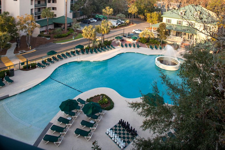 hilton head island resort waterside amenity pool activites centre aerial 600X400 nov 2016