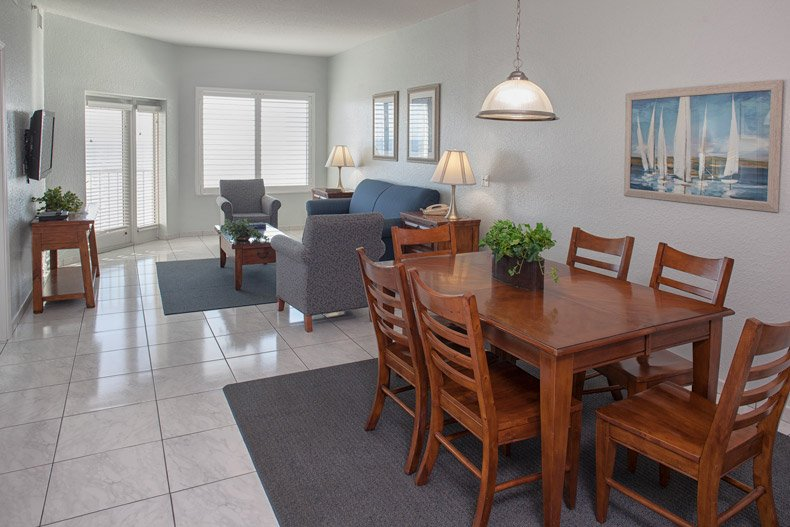 ormond beach royal floridian south resort 2bd dining living rooms window