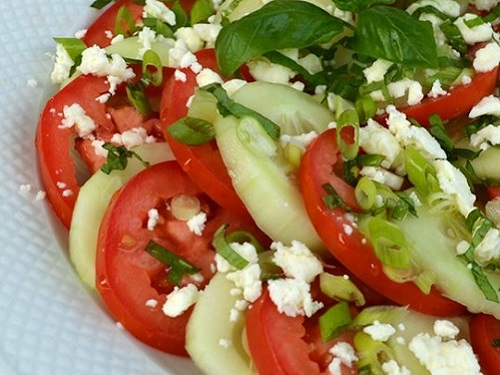 5 healthy easy to make meals on vacation salad spinnaker resorts log