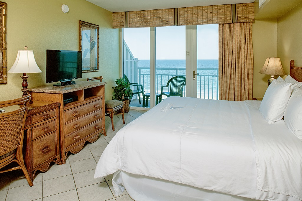 ormond beach royal floridian resort bedroom view