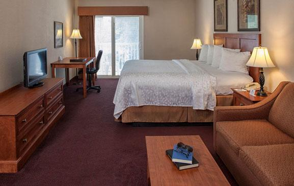 4 book hotel room hilton head island