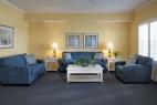10hilton-head-island-bluewater-resort-6400-building-2-bedroom-living-room