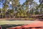 hilton-head-island-carolina-club-resort-tennis-courts-clubhouse