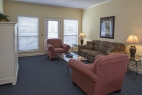 hilton-head-island-egret-point-resort-2-bedroom-living-room