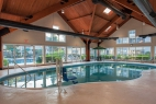 branson-palace-view-indoor-pool-side