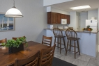 ormond-beach-royal-floridian-south-resort-2bd-dining-kitchen
