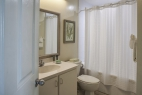 ormond-beach-royal-floridian-resort-bathroom