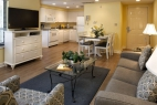 hilton-head-island-waterside-resort-1-bedroom-living-dining-kitchen