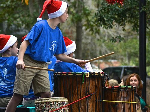 holiday-drums
