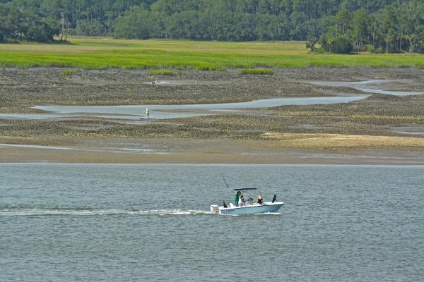 boating hilton head bridge