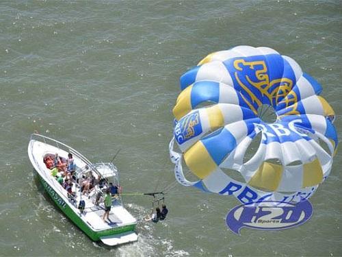 hilton head parasail 500x375