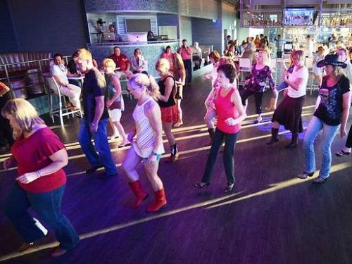 roofotp line dance 500x375