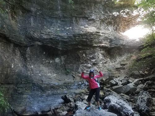 branson sprin hike blog mollie 500x375