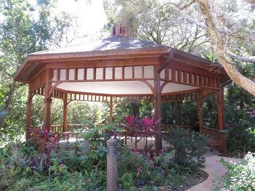 gazebo bench ormond memorial musem gardens blog 2018 spinnaker resorts