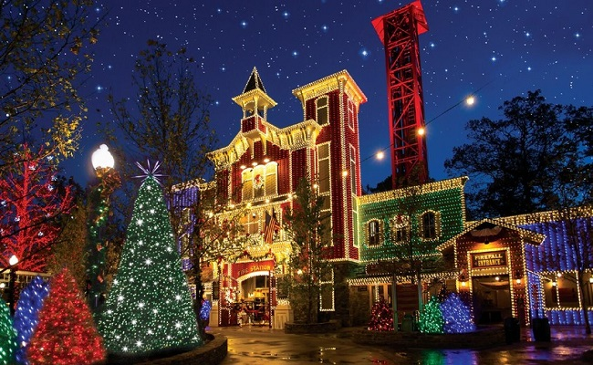 Spending the Holiday Season in Branson